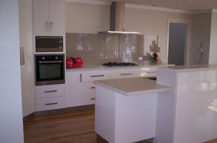 Gs designer joinery hobart quality kitchens bathrooms for Kitchen designs hobart